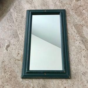 Accessories - 8 x 14 Wall mirror decor